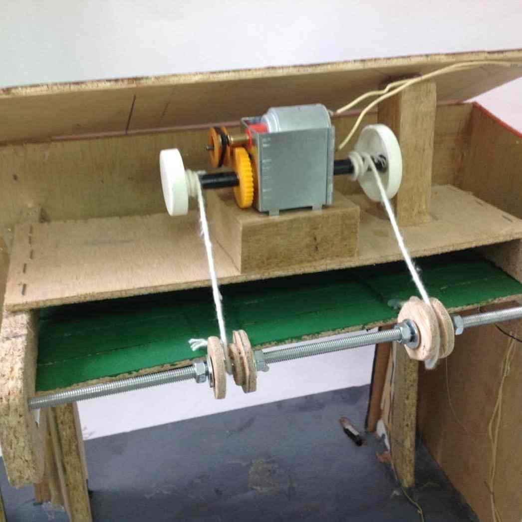 Puerta de Garaje controlada por relés- Electrónica, Mecanismos, Proyectos