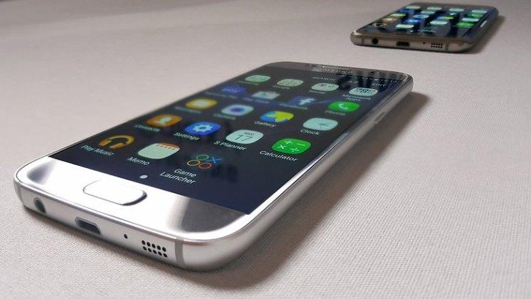 galaxy s7 galaxy s7 e s7 edge: samsung anuncia seu novo carro chefe Galaxy S7 e S7 Edge: Samsung anuncia seu novo carro chefe AndroidPIT Samsung Galaxy S7 vs S6 18 w782