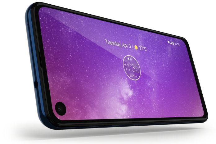 Motorola One Vision  Motorola One Vision: 48 MP, tela diferente e preço camarada motorola one Screen 1024x683