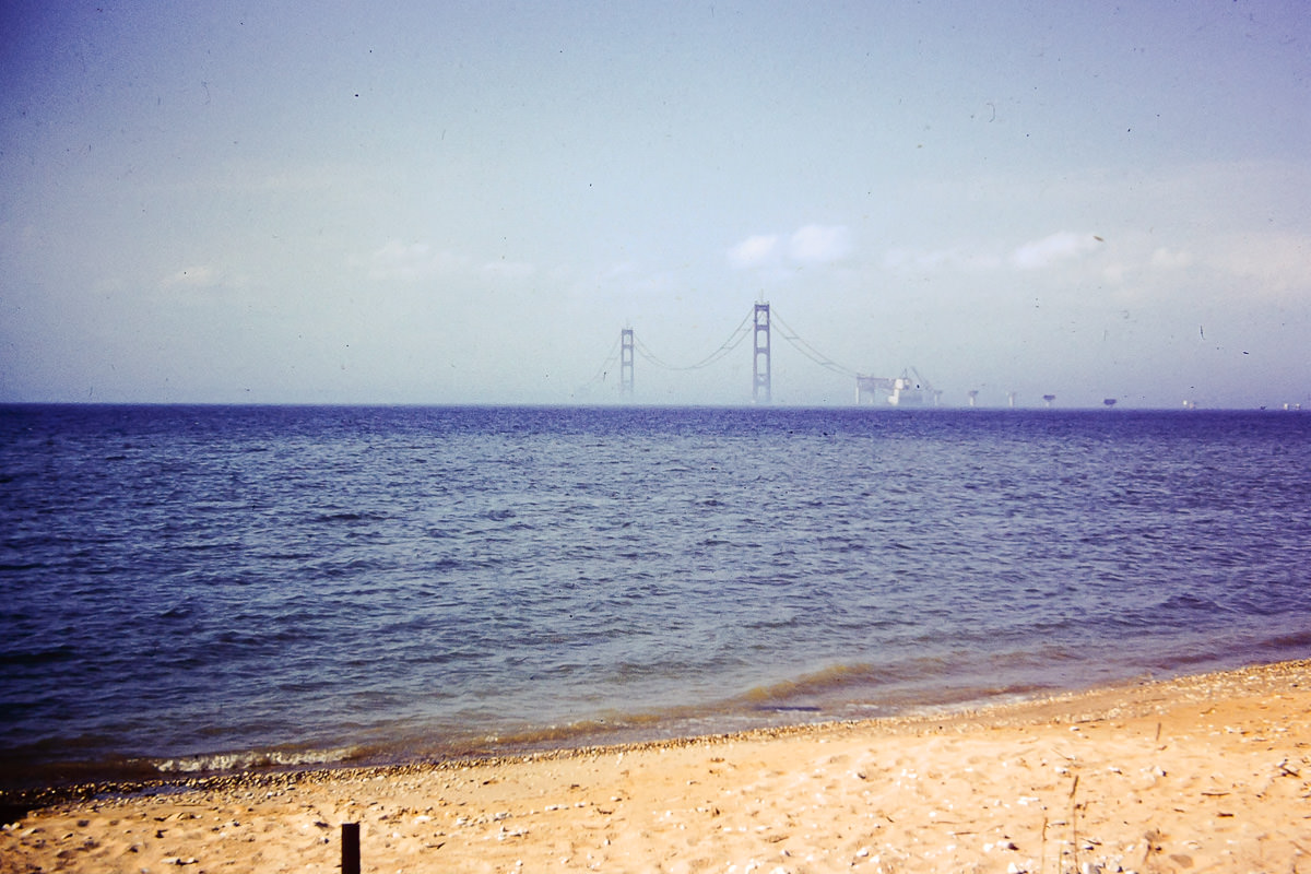 Mackinaw Bridge construction, 1950s