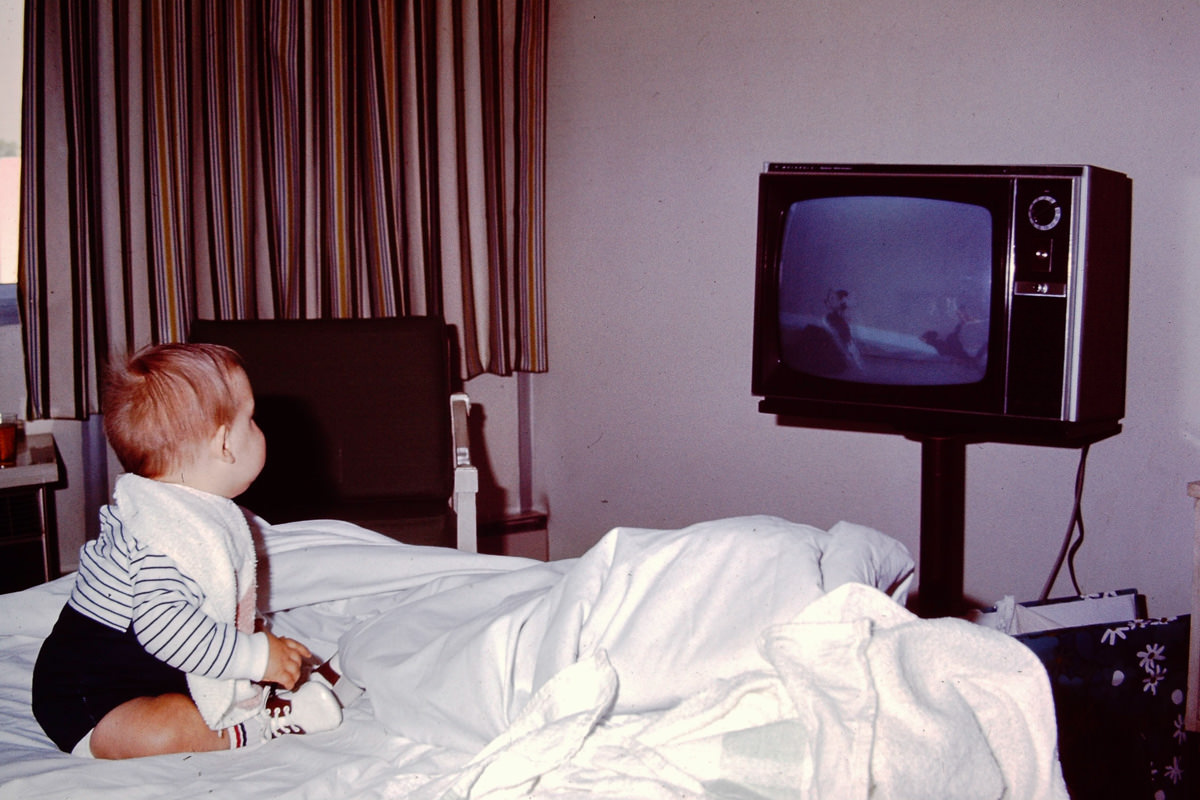 April 1971: Jekyll Island; not sure what he was watching on that TV, but it does not seem to be in 4K definition