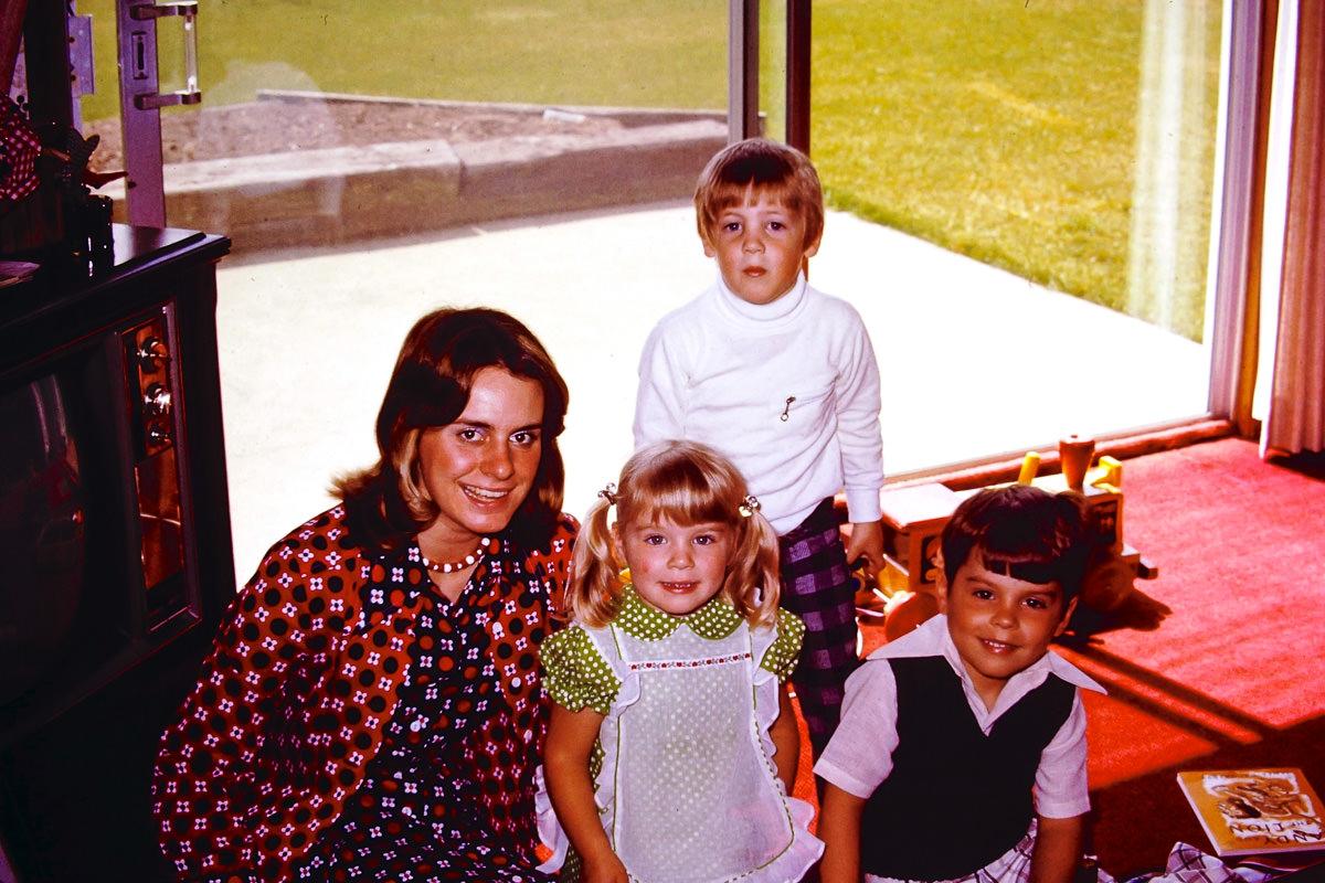 1974: Susie Matilo, Jenny, Doug, Dickey