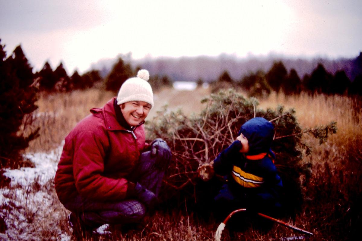 Christmas 1974, Bill, tree, Doug