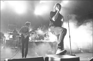 Phoenix vocalist Thomas Mars sings at the Santa Barbara Bowl on Sunday night. MICHAEL MORIATIS/NEWS-PRESS