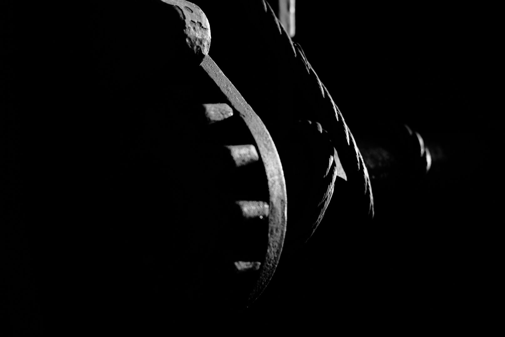 train, tension, black and white, high contrast, cable, spindle