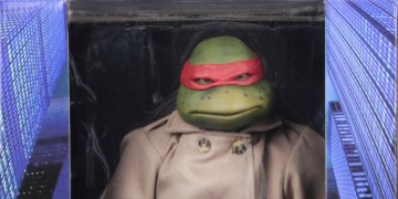 Raphael is looking good in his trench coat disguise. Image Source: NECA.