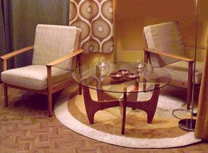 Hlzerne Sessel  Sofa im dnischen Design
