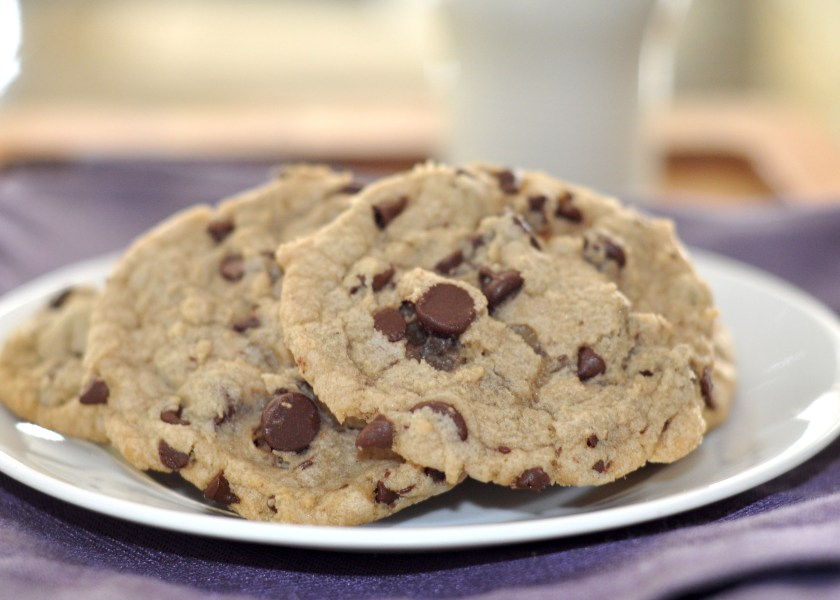 The Best Chocolate Chip Cookies Ever!! www.TeepeeGirl.com