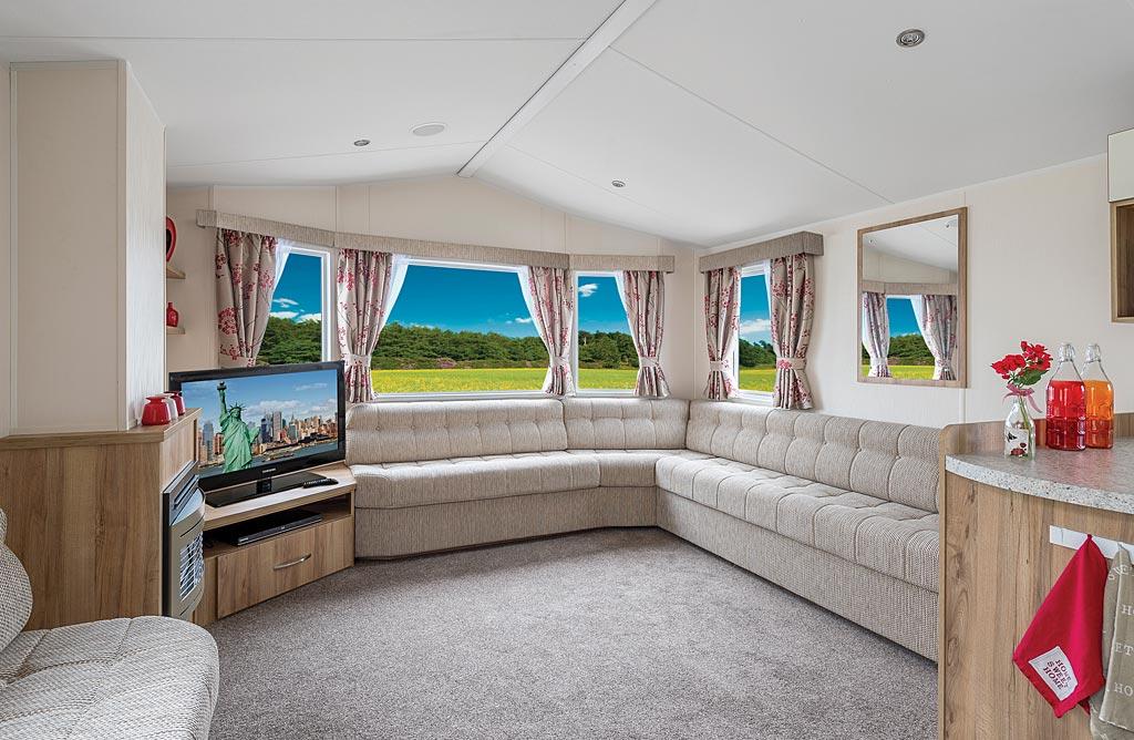Super deluxe 2 bedroom family caravan  Cornwall  Tehidy