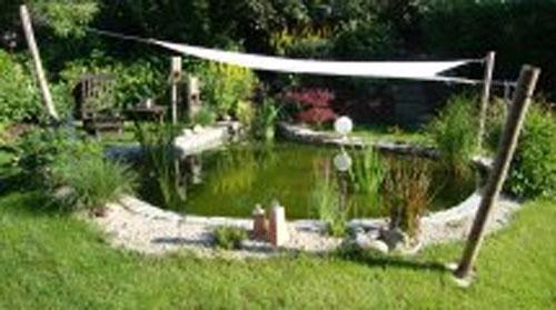 Gartenteich Mit Brcke teich mit bruecke gartenteich mit br cke und bachlauf gartengestaltung