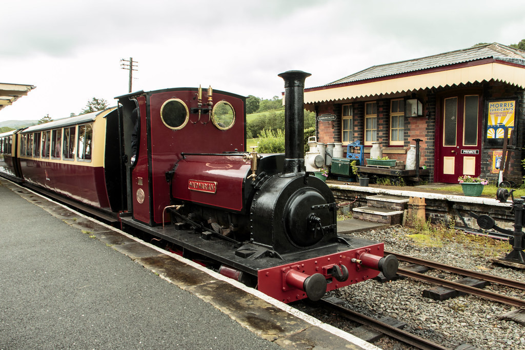The Heritage Railways of Wales - Rheilffordd Llyn Tegid Bala Lake Railway