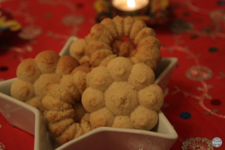 Spiced Spritz Biscuits