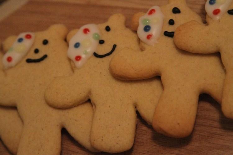 Vegan Pudsey Bear Biscuits