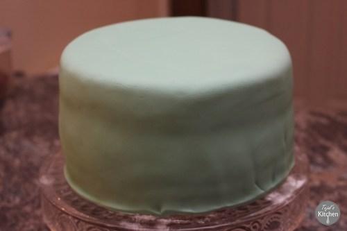 Minion Party Cake