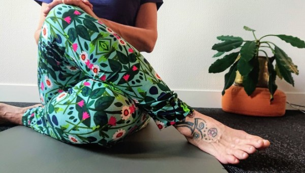 Tante Betsy Yoga Pants Secret Garden Blue