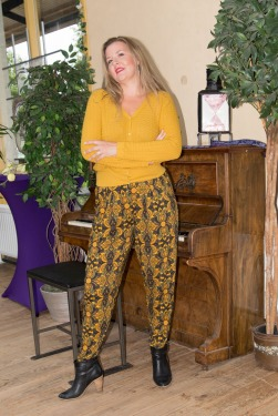LaLamour Pants Orient Black/Ochre voorbeeld