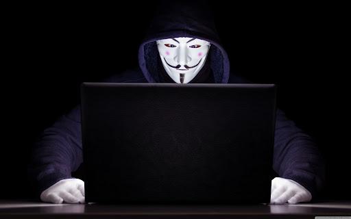 Uluslararası Şirketleri Hackleyen 16 Yaşındaki Hacker Yakalandı