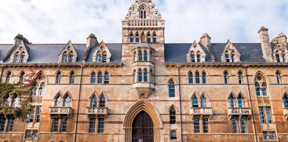 İngiltere'de Üniversite Okumak İçin Bilmeniz Gerekenler ? 2021