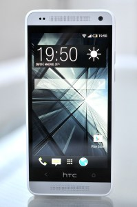 HTC One Mini - delante