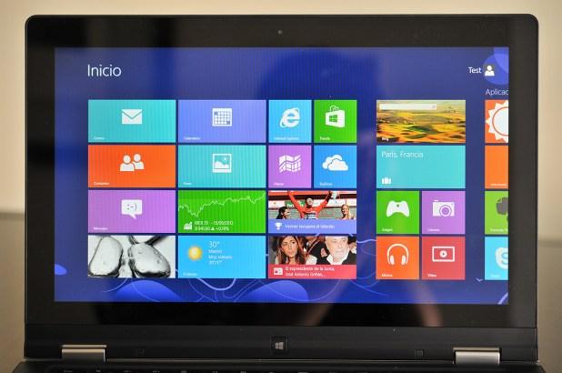 Lenovo IdeaPad Yoga 13 - pantalla