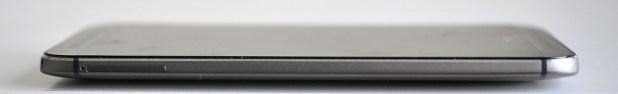 HTC One M8 - Lateral izquierdo