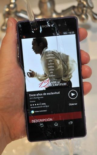 Sony Xperia Z2 - bajo agua