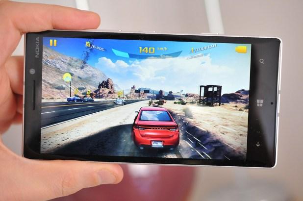 Nokia Lumia 930 - Asphaly 8