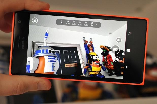 Nokia Lumia 735 - 15