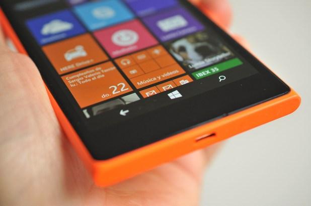 Nokia Lumia 735 - 16