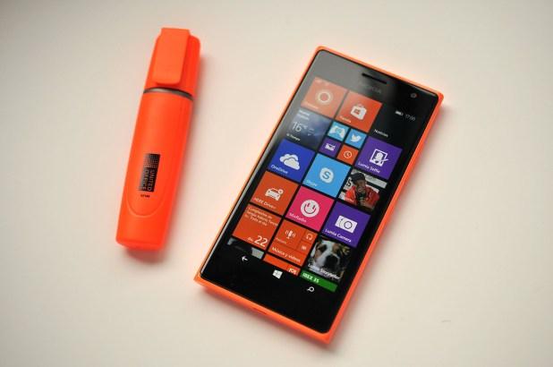Nokia Lumia 735 - 18