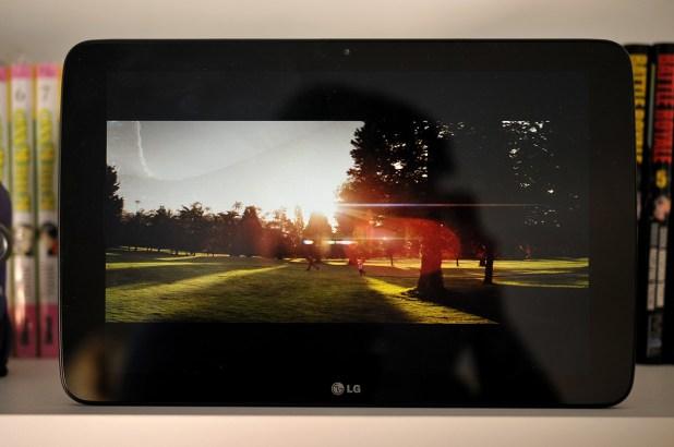 LG G Pad 10.1 - 13