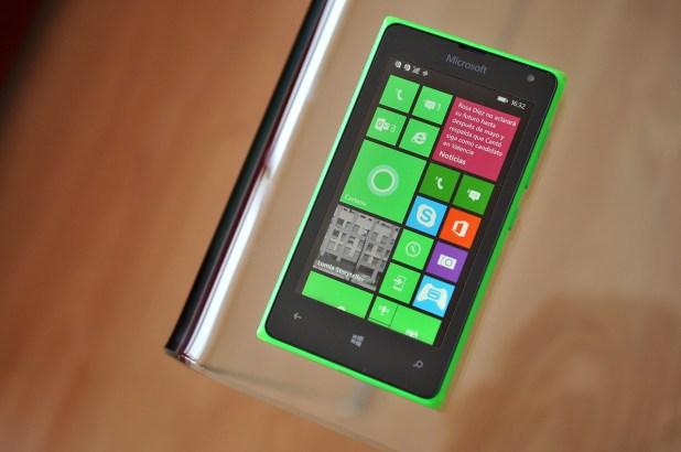Microsoft Lumia 532 - 10