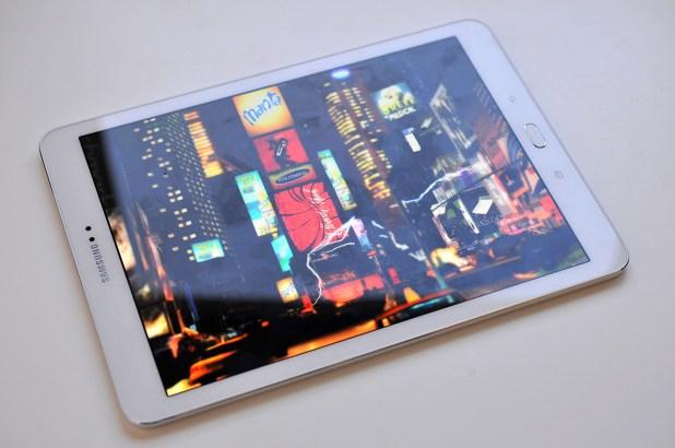 Samsung Galaxy Tab S2 - 14