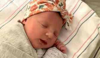 Dondurulup 1992 yılında bağışlanan embriyodan bebek doğdu!