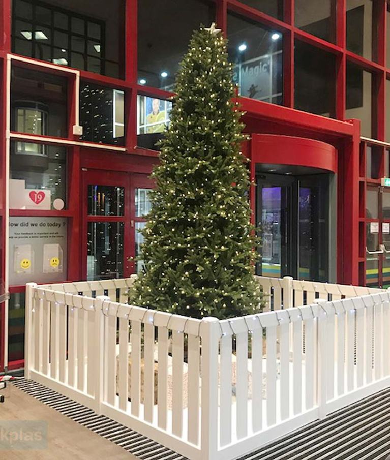 Christmas Tree Fence and Guard