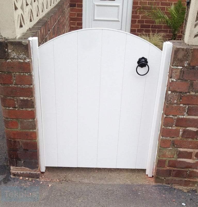 Small plastic entrance gate 2