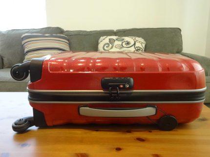 Samsonite Firelite Chili Red Carry-On