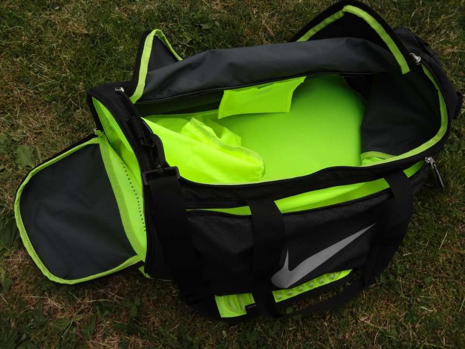 Nike Max Air Vapor Duffel Open