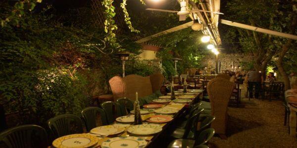 Barone di Porta Romana una cena in giardino  Te La Do Io Firenze