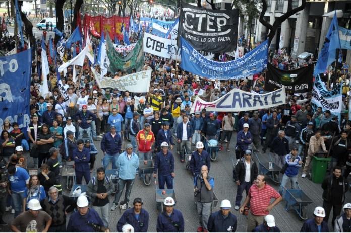 Movimientos sociales: coincidencias y diferencias respecto de la coyuntura, Periódico San Juan