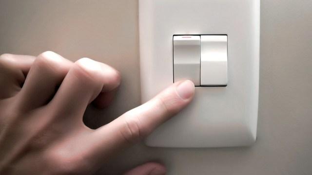 Kicillof informó sobre un incremento del 7% en la tarifa final del servicio eléctrico, desde el próximo 1 de abril.