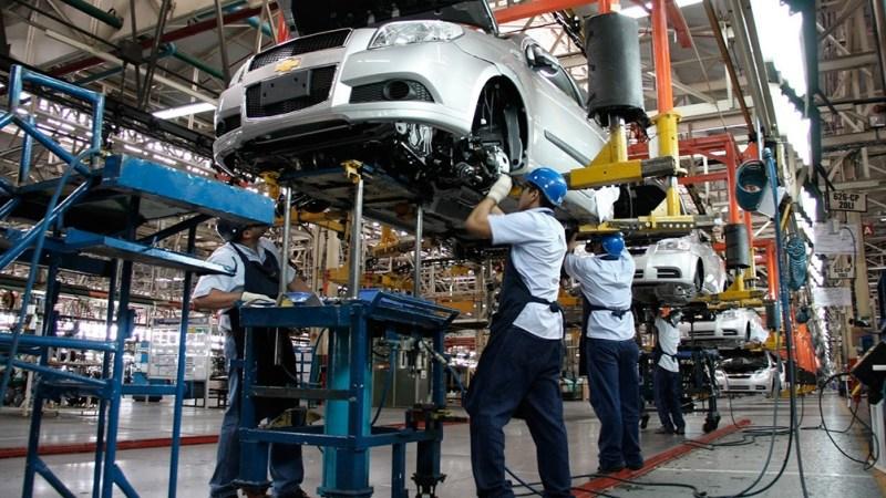 El informe de Adefa estima una producción anual con una base de 370 mil unidades y con una perspectiva de lograr 490 mil unidades durante 2021