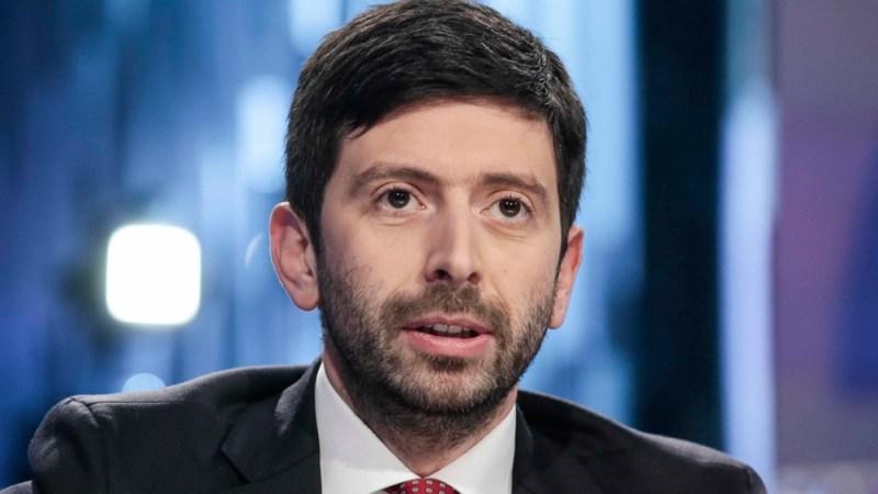 El ministro de Salud italiano dijo que la medida beneficia al 99 % de la población italiana