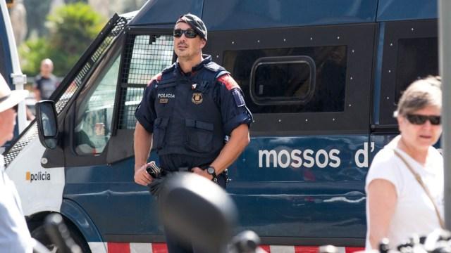 Los Mossos d'Esquadra localizaron un cuerpo que podría ser el del hombre que mató a su hijo en un hotel de Barcelona.