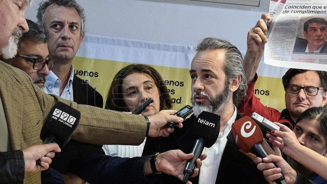 """UTE y Ctera ratificó la continuidad del paro docente """"en defensa de la salud y la vida"""""""