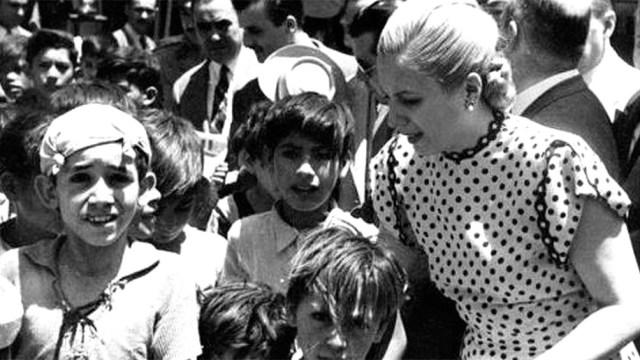 """El 22 de agosto de 1951 se realizó la mayor concentración del peronismo, con casi 2 millones de militantes de todo el país que colmaron la avenida 9 de Julio y las inmediaciones para pedir por """"la fórmula de la Patria"""""""
