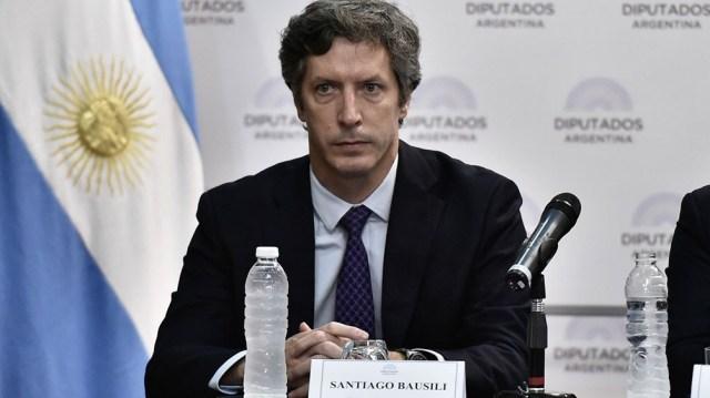"""El exsecretario de Finanzas Santiago Bausili, integrante del gobierno de Cambiemos, fue procesado hoy por """"negociaciones incompatibles con la función pública"""""""