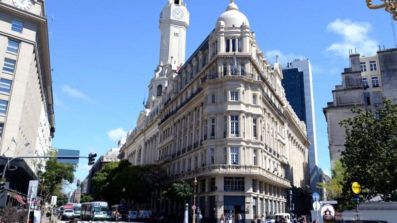 En una reunión de las comisiones de Planeamiento Urbano y de Presupuesto de la Legislatura porteña, García Resta presentó 15 convenios urbanísticos firmados durante los últimos dos meses por el gobierno de Horacio Rodríguez Larreta con varias empresas pri