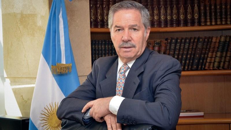 """Solá manifestó que """"es necesario resaltar que las partes son el Gobierno de Nicolás Maduro y la oposición""""."""