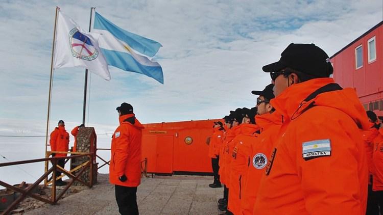 Ubicada a 2.900 kilómetros de Ushuaia, Belgrano II es la más austral de las bases antárticas argentinas.